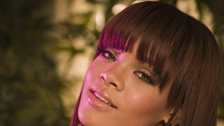 Rihanna Wet Lips N Cute Eyes Face Closeup